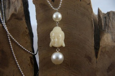 Bolletjesketting met glasparel en Boeddha